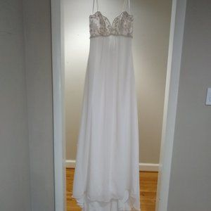 NEW! CLEARANCE! Allure 2150 wedding gown size 10